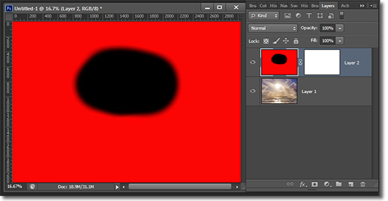 Make sure your layer mask in Photoshop is selected and not the image that the mask is covering.